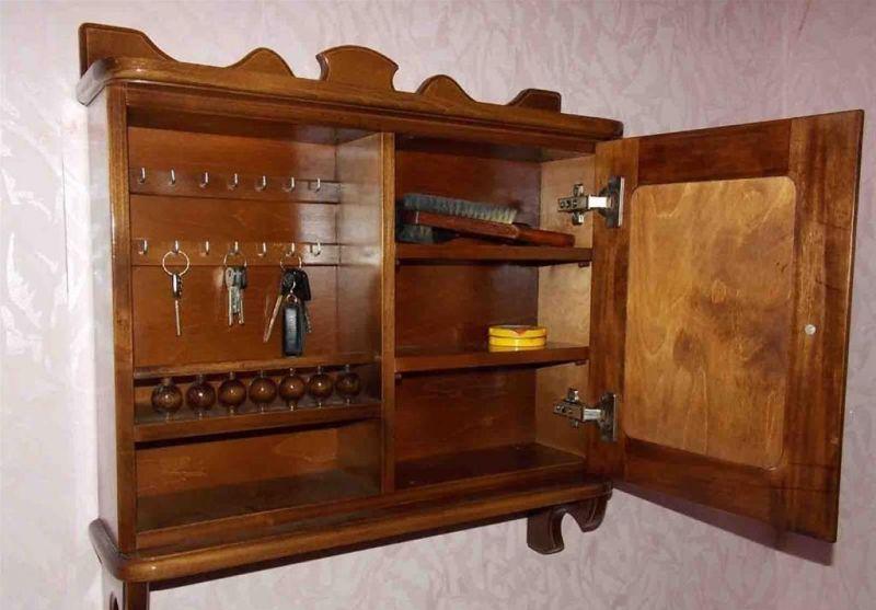 Bolshaya-1 Именные ключницы из дерева на заказ оптом и в розницу