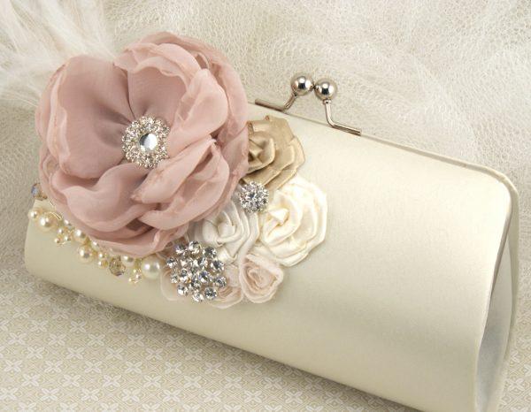 91889334f04d Варианты декора свадебных клатчей, мастер-класс по пошиву Свадебные ...