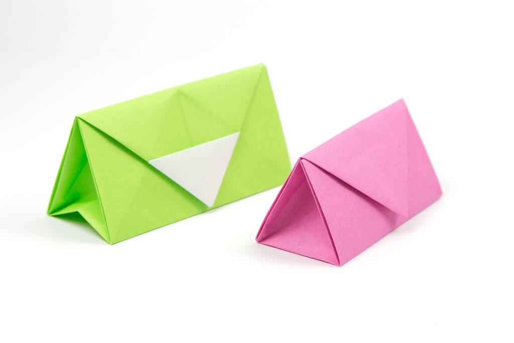 Маленькая сумочка из бумаги