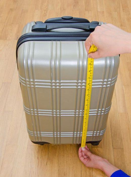 Меряем чемодан по высоте